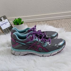 Like NEW Asics Gel Excite Size 8